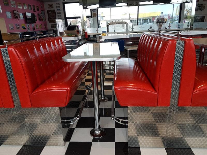 r novation r paration de mobilier pour bar restaurant h tel discoth que. Black Bedroom Furniture Sets. Home Design Ideas